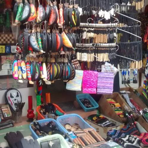 Market in Kasol