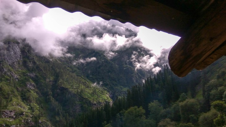 View from room-Kheerganga