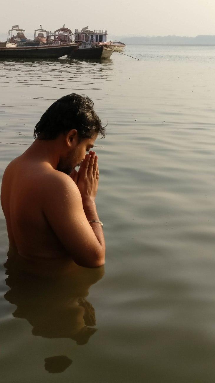 Bathing in Ganga