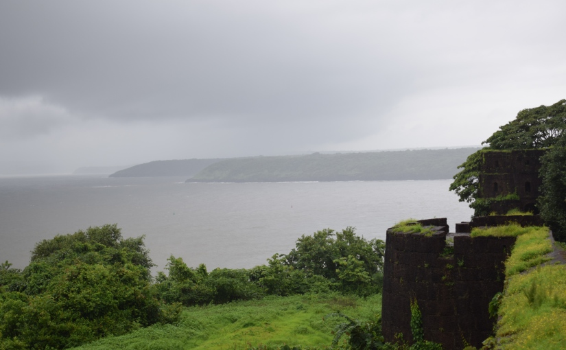 Standing through tides and times: Jaigad Fort and KarhateshwarTemple