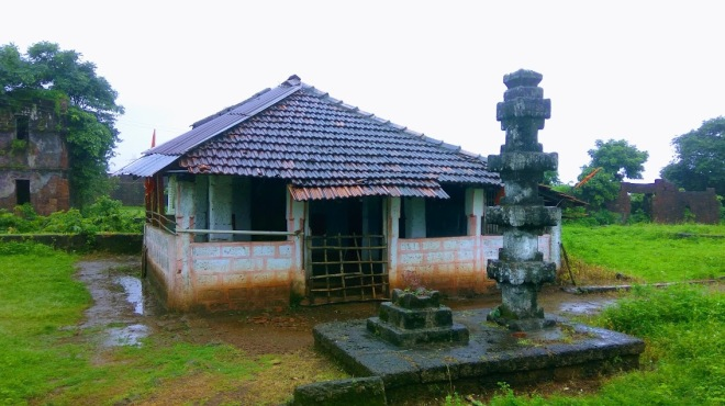 Ganesh temple within the Jaigad Fort