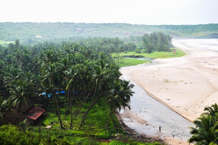 Aare-ware beach